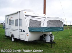 Used 2000  R-Vision Trail-Lite 17' HYBRID by R-Vision from Curtis Trailer Center in Schoolcraft, MI