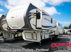 New 2017  Keystone Montana 3720rl by Keystone from Curtis Trailers in Portland, OR