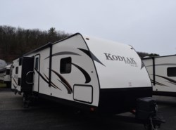 New 2016  Dutchmen Kodiak 303BHSL by Dutchmen from Diamond RV Centre, Inc. in West Hatfield, MA