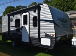New 2017  Keystone Springdale Summerland Mini 1800BH by Keystone from Diamond RV Centre, Inc. in West Hatfield, MA
