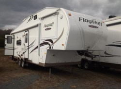 Used 2011  Forest River Flagstaff Super Lite/Classic 8528RLWS by Forest River from Diamond RV Centre, Inc. in West Hatfield, MA
