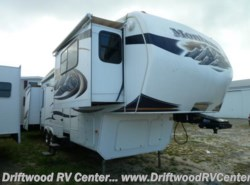 Used 2010  Keystone Montana 3750FL by Keystone from Driftwood RV Center in Clermont, NJ