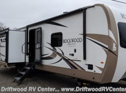 New 2018 Forest River Rockwood Signature Ultra Lite 8332BS available in Clermont, New Jersey