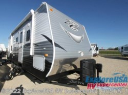 New 2016  CrossRoads Zinger ZT28BH by CrossRoads from ExploreUSA RV Supercenter - KYLE, TX in Kyle, TX