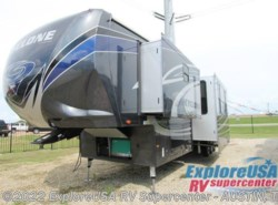 New 2017  Heartland RV Cyclone 4250 by Heartland RV from ExploreUSA RV Supercenter - KYLE, TX in Kyle, TX