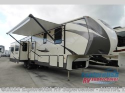 New 2017  CrossRoads Volante 380MD by CrossRoads from ExploreUSA RV Supercenter - KYLE, TX in Kyle, TX