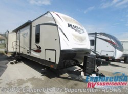 New 2017  Cruiser RV Radiance Ultra Lite 33TS by Cruiser RV from ExploreUSA RV Supercenter - KYLE, TX in Kyle, TX