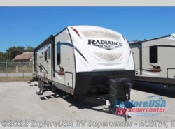 New 2017  Cruiser RV Radiance Ultra Lite 30DS by Cruiser RV from ExploreUSA RV Supercenter - KYLE, TX in Kyle, TX