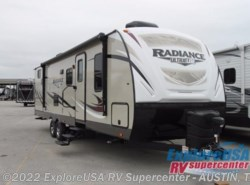 New 2017  Cruiser RV Radiance Ultra Lite 28QD by Cruiser RV from ExploreUSA RV Supercenter - KYLE, TX in Kyle, TX