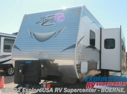 New 2016  CrossRoads Zinger ZT27BK by CrossRoads from ExploreUSA RV Supercenter - BOERNE, TX in Boerne, TX