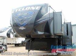 New 2016  Heartland RV Cyclone 4250 by Heartland RV from ExploreUSA RV Supercenter - BOERNE, TX in Boerne, TX