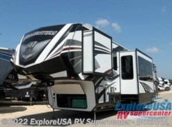 New 2017  Grand Design Momentum 399TH by Grand Design from ExploreUSA RV Supercenter - BOERNE, TX in Boerne, TX