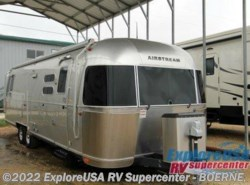 Used 2016  Airstream International Signature 30 by Airstream from ExploreUSA RV Supercenter - BOERNE, TX in Boerne, TX