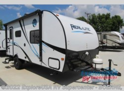 New 2017  Palomino Real-Lite Mini 19-S by Palomino from ExploreUSA RV Supercenter - BOERNE, TX in Boerne, TX