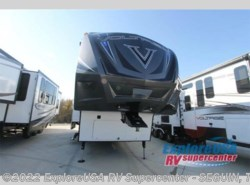 New 2016  Dutchmen Voltage V-Series V4105 by Dutchmen from ExploreUSA RV Supercenter - SEGUIN, TX in Seguin, TX