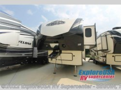 New 2017  Dutchmen Denali 293RKS by Dutchmen from ExploreUSA RV Supercenter - SEGUIN, TX in Seguin, TX
