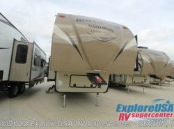 New 2017  Forest River Rockwood Signature Ultra Lite 8299BS by Forest River from ExploreUSA RV Supercenter - SEGUIN, TX in Seguin, TX