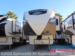 New 2017  CrossRoads Volante 3801MD by CrossRoads from ExploreUSA RV Supercenter - SEGUIN, TX in Seguin, TX