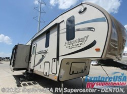 New 2017  Forest River Flagstaff Classic Super Lite 8529IKBS by Forest River from ExploreUSA RV Supercenter - DENTON, TX in Denton, TX