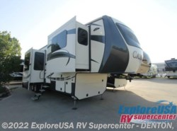 New 2017  CrossRoads Cameo CM38FL by CrossRoads from ExploreUSA RV Supercenter - DENTON, TX in Denton, TX