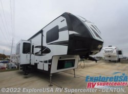 New 2017  Dutchmen Voltage V3605 by Dutchmen from ExploreUSA RV Supercenter - DENTON, TX in Denton, TX