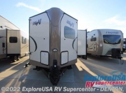 New 2017  Forest River Flagstaff Super Lite 26VFKS by Forest River from ExploreUSA RV Supercenter - DENTON, TX in Denton, TX