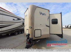 New 2017  Forest River Flagstaff V-Lite 30WRLIKS by Forest River from ExploreUSA RV Supercenter - DENTON, TX in Denton, TX