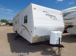 Used 2007  Fleetwood Pioneer Spirit 28BH by Fleetwood from Freedom RV  in Tucson, AZ