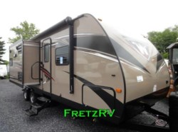 New 2017  Winnebago  Ultra Lite 27RBDS by Winnebago from Fretz  RV in Souderton, PA