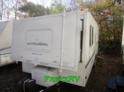 Used 2004  Fleetwood Caravan EXT 23B by Fleetwood from Fretz  RV in Souderton, PA