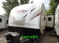 Used 2015  EverGreen RV Sun Valley 32RL by EverGreen RV from Fretz  RV in Souderton, PA