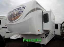 Used 2012  Heartland RV Bighorn 30RL by Heartland RV from Fretz  RV in Souderton, PA