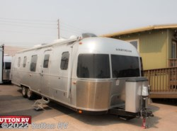 Used 2018 Airstream Classic 33FB Twin available in Eugene, Oregon