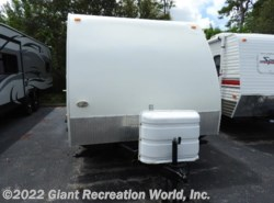 Used 2009  Keystone Passport 255BH by Keystone from Giant Recreation World, Inc. in Melbourne, FL