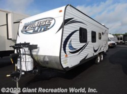 Used 2014  Forest River  CRUISE LITE 241QBXL by Forest River from Giant Recreation World, Inc. in Ormond Beach, FL