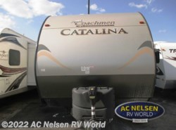 Used 2015  Coachmen Catalina 263RLS by Coachmen from AC Nelsen RV World in Omaha, NE
