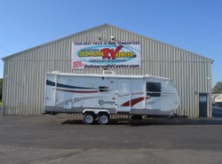 Used 2005  CrossRoads Cruiser 28FB by CrossRoads from Delmarva RV Center in Milford, DE