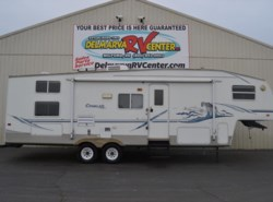 Used 2004  Keystone Cougar 281BHS by Keystone from Delmarva RV Center in Milford, DE