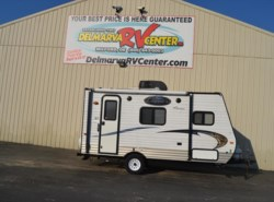 Used 2016 Coachmen Clipper Ultra-Lite 16FB available in Milford, Delaware