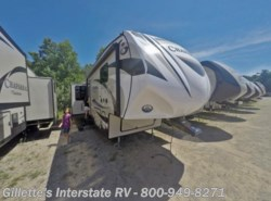 New 2016  Coachmen Chaparral 336TSIK by Coachmen from Gillette's Interstate RV, Inc. in East Lansing, MI