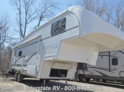 Used 2002  Glendale RV Titanium 28E33 by Glendale RV from Gillette's Interstate RV, Inc. in East Lansing, MI
