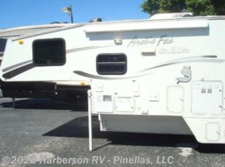 Used 2005  Northwood Arctic Fox 860 by Northwood from Harberson RV - Pinellas, LLC in Clearwater, FL
