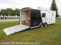 Used 2006  Hallmark  8520 Self  Contained by Hallmark from HW Motor Homes, Inc. in Canton, MI