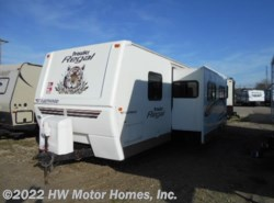 Used 2005 Fleetwood Regal 300 FQS  - Super Slide available in Canton, Michigan