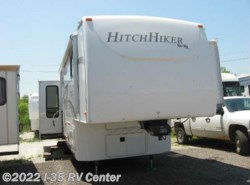 Used 2011  Nu-Wa Hitchhiker Discover America 349 RSB by Nu-Wa from I-35 RV Center in Denton, TX