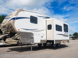Used 2013  CrossRoads Zinger ZF25BH by CrossRoads from Independence RV Sales in Winter Garden, FL