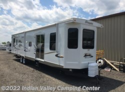 Used 2011  CrossRoads Hampton 40FD by CrossRoads from Indian Valley Camping Center in Souderton, PA