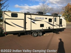 New 2017  Cruiser RV Shadow Cruiser 313BHS by Cruiser RV from Indian Valley Camping Center in Souderton, PA