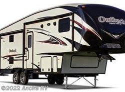 Used 2015  Keystone Outback 296FRS by Keystone from Ancira RV in Boerne, TX