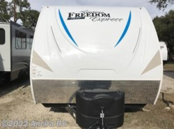 New 2018 Coachmen Freedom Express Pilot 20BHS available in Boerne, Texas